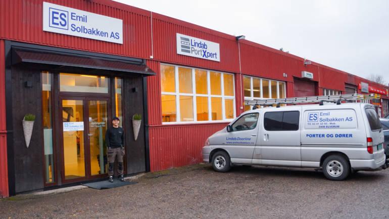 På plass i nye lokaler i Industrigata